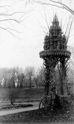 19th Century Birdhouse