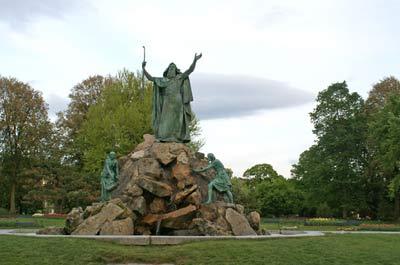 washington-park-moses